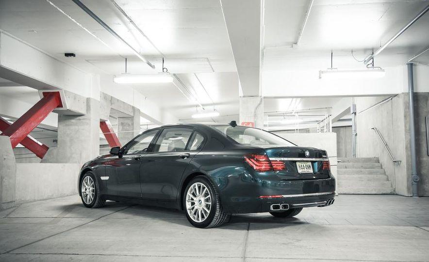 2016 BMW 7-series (spy photo) - Slide 29