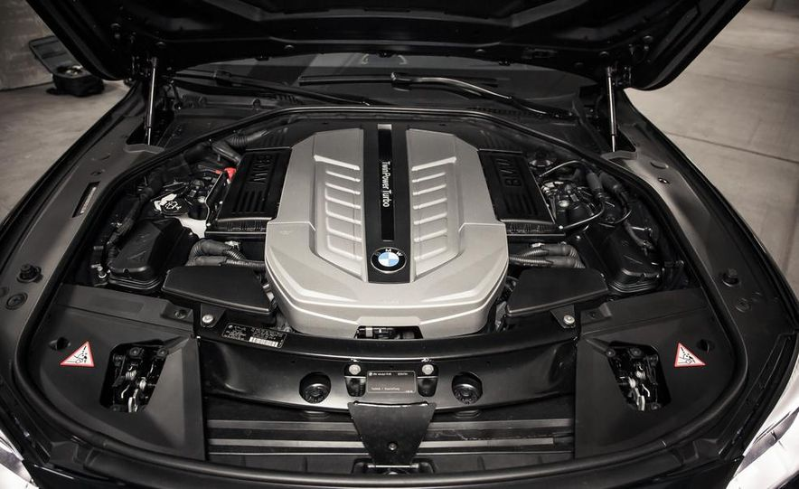 2016 BMW 7-series (spy photo) - Slide 75