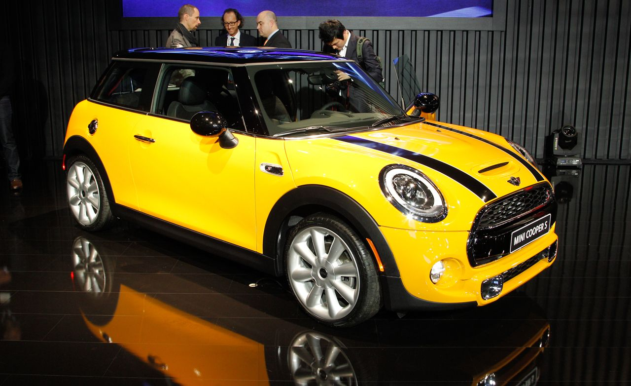 2014 Mini Cooper and Cooper S: Envelope Pushed, Again