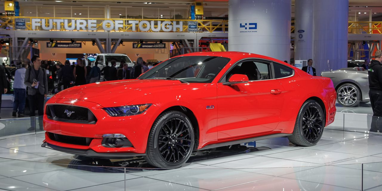2015 Ford Mustang Debuts! This Time It's Definitely the Real Thing