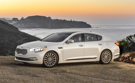 2015 Kia K900: A RWD Flagship Takes Kia to New Heights