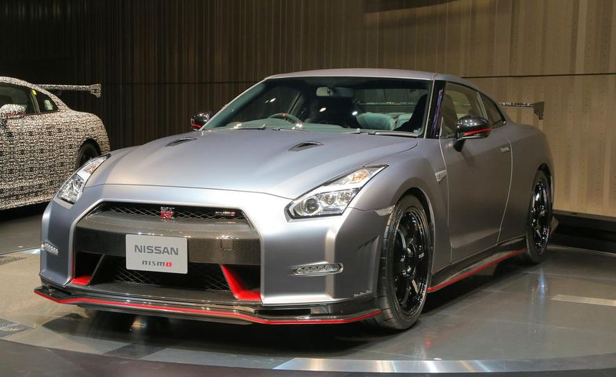 """2015 Nissan GT-R NISMO with """"track package"""" and 2015 Nissan GT-R NISMO - Slide 3"""
