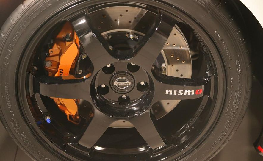 """2015 Nissan GT-R NISMO with """"track package"""" and 2015 Nissan GT-R NISMO - Slide 24"""