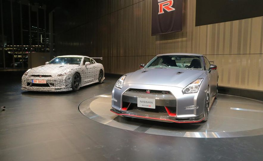 """2015 Nissan GT-R NISMO with """"track package"""" and 2015 Nissan GT-R NISMO - Slide 1"""
