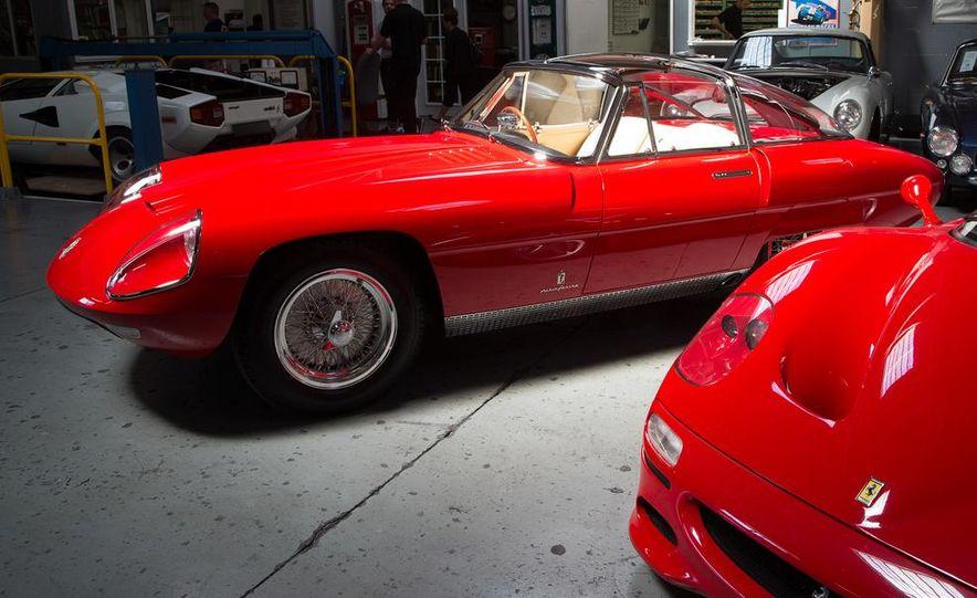 Alfa Romeo 8C 3000 CM Disco Volante Superflow IV Pininfarina Coupé - Slide 5