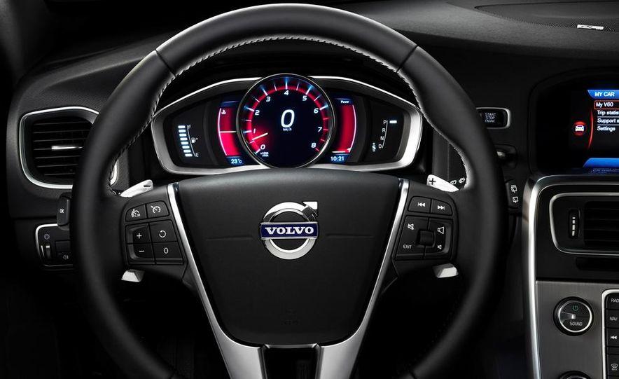 2014 Volvo S60 T6 AWD - Slide 37