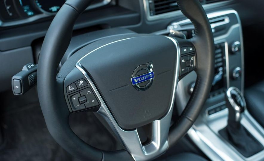 2014 Volvo S60 T6 AWD - Slide 52
