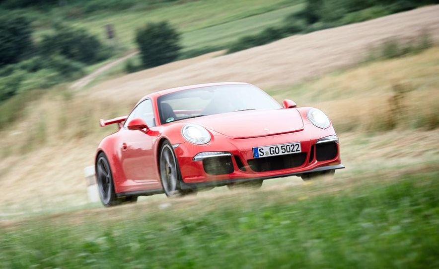 2014 Porsche 911 GT3 - Slide 3