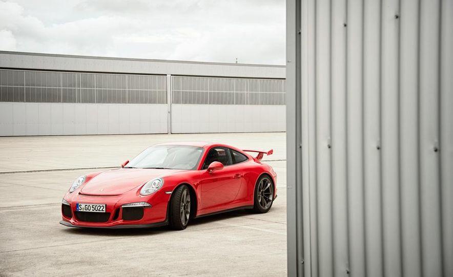 2014 Porsche 911 GT3 - Slide 6