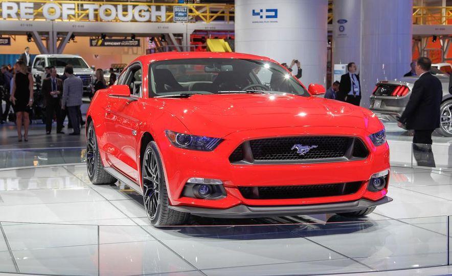 2015 Ford Mustang GT - Slide 4