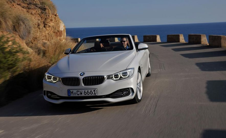 2014 BMW 428i Luxury Line convertible - Slide 42