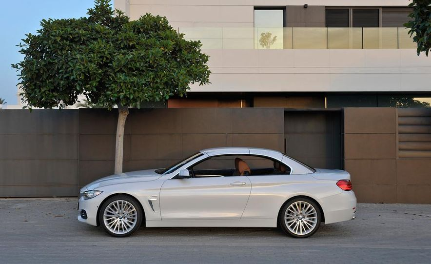 2014 BMW 428i Luxury Line convertible - Slide 46