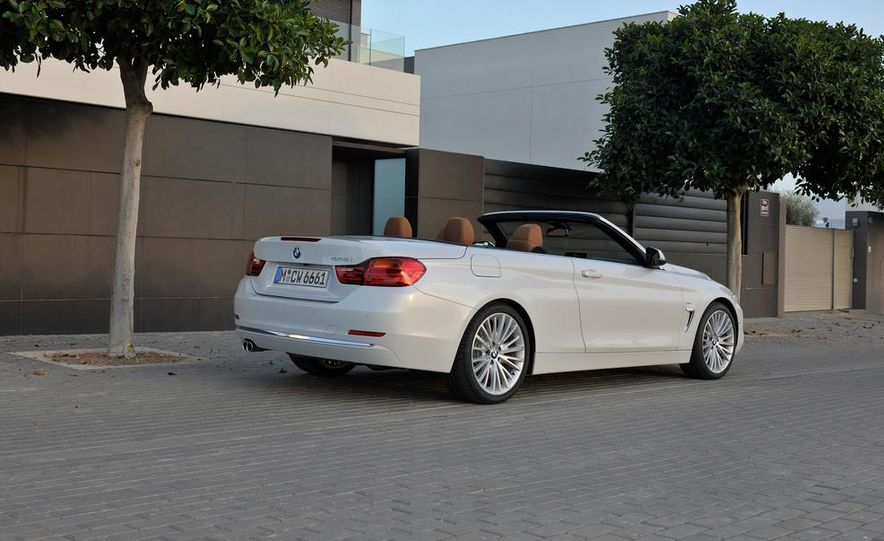 2014 BMW 428i Luxury Line convertible - Slide 47