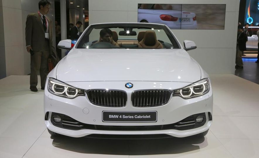 2014 BMW 428i Luxury Line convertible - Slide 2