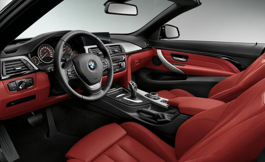 2014 BMW 428i Luxury Line convertible - Slide 32