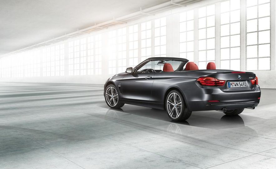 2014 BMW 428i Luxury Line convertible - Slide 25