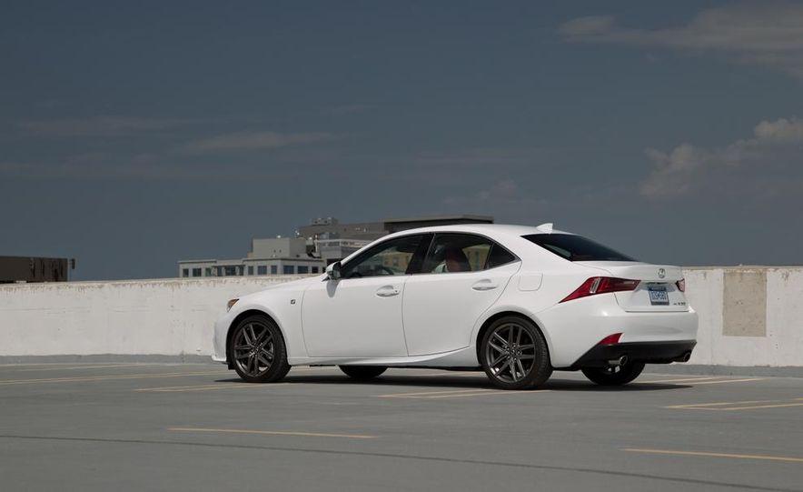 2014 Lexus IS250 F Sport AWD - Slide 11