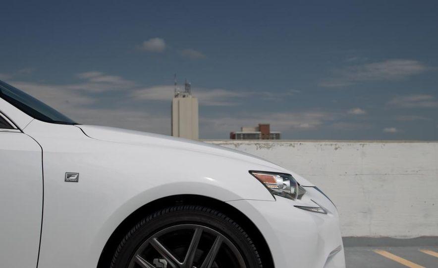 2014 Lexus IS250 F Sport AWD - Slide 15