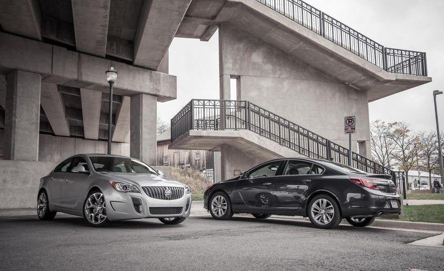 2014 Buick Regal GS AWD - Slide 2