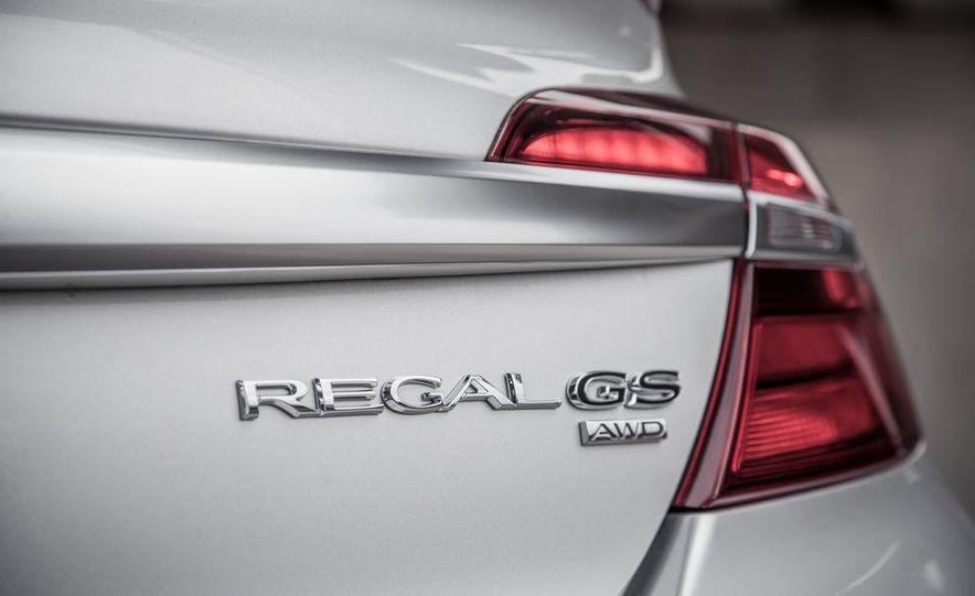 2014 Buick Regal GS AWD - Slide 17