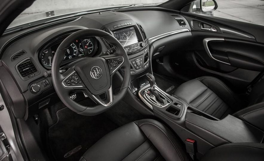 2014 Buick Regal GS AWD - Slide 19