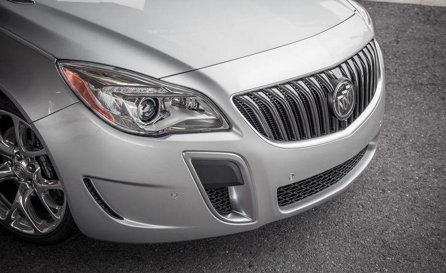 2014 Buick Regal GS AWD - Slide 11