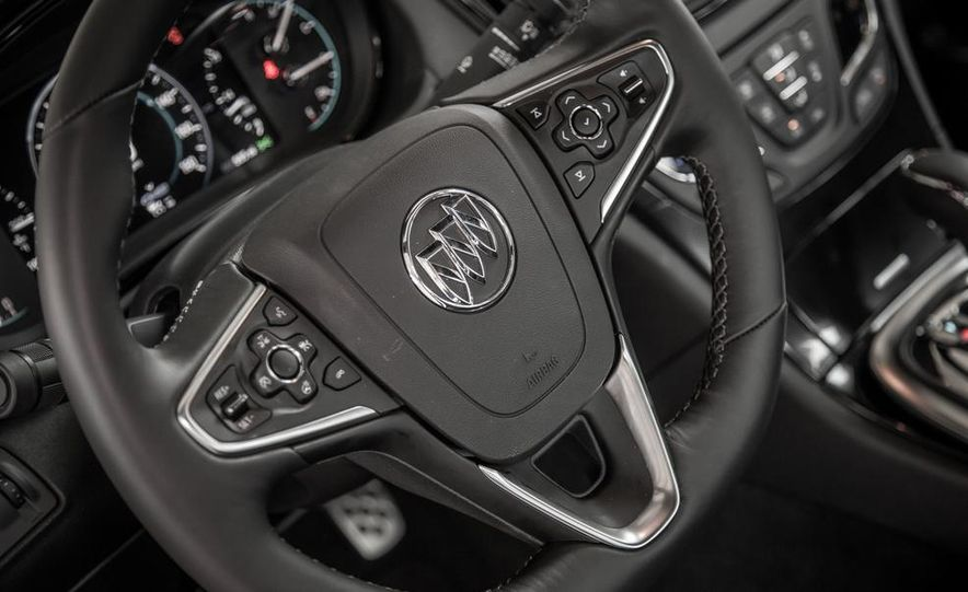 2014 Buick Regal GS AWD - Slide 24