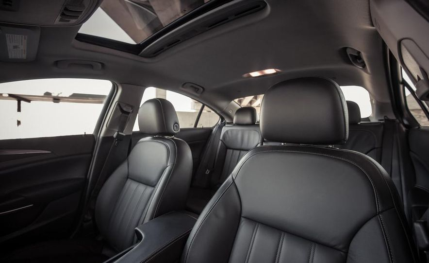 2014 Buick Regal GS AWD - Slide 51