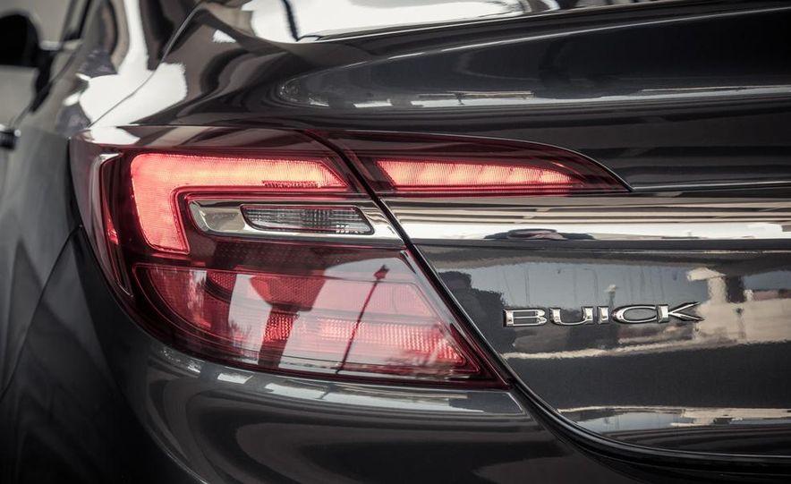 2014 Buick Regal GS AWD - Slide 46