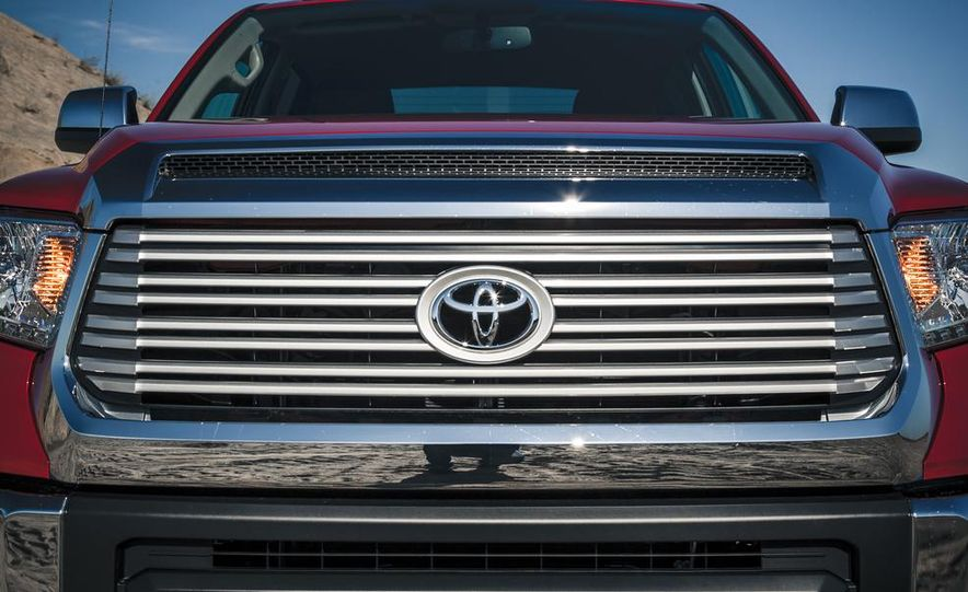 2014 Toyota Tundra Limited - Slide 21