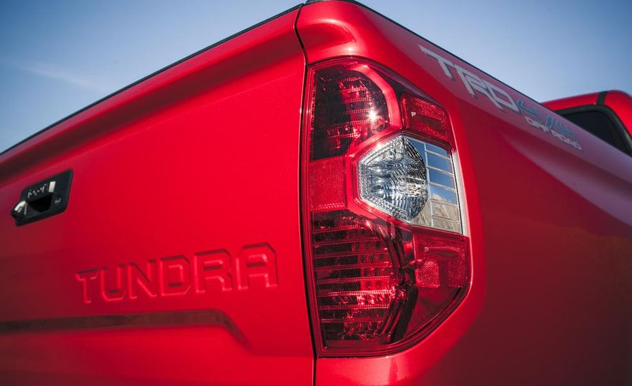 2014 Toyota Tundra Limited - Slide 26