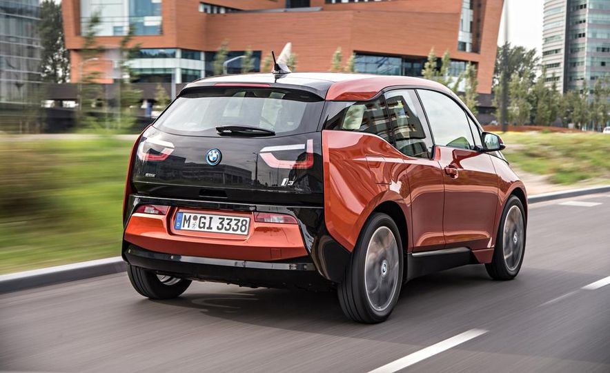 2014 BMW i3 Giga World - Slide 7