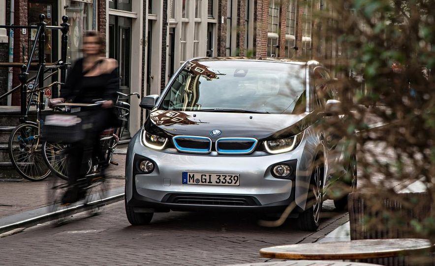 2014 BMW i3 Giga World - Slide 51