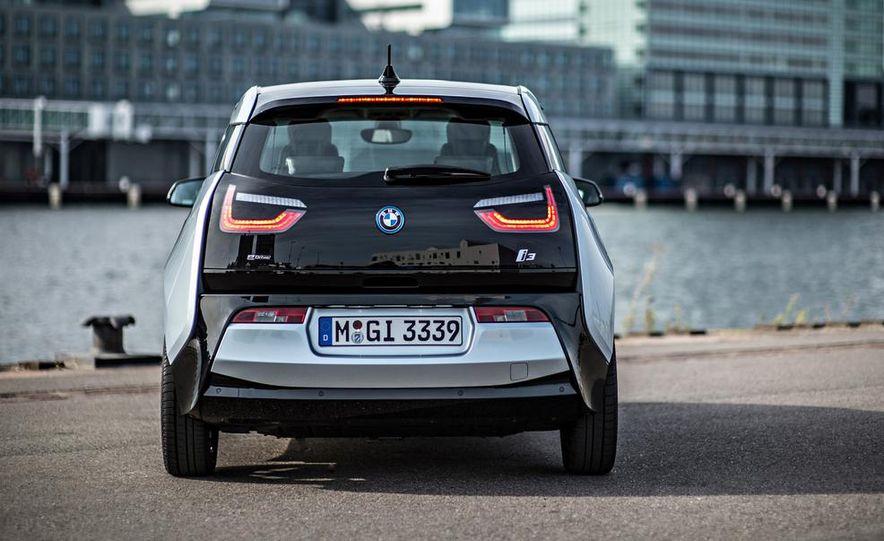 2014 BMW i3 Giga World - Slide 58
