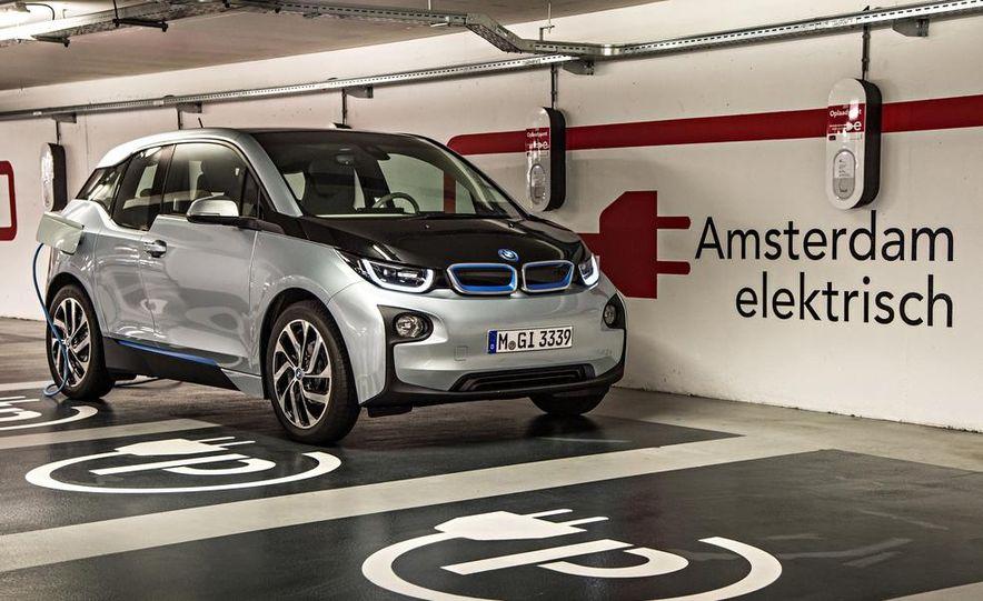 2014 BMW i3 Giga World - Slide 64