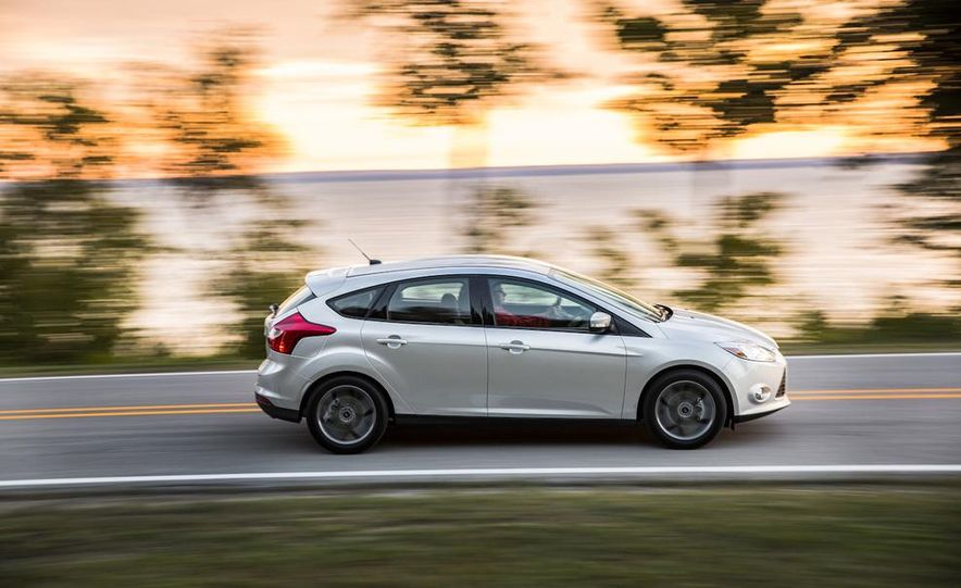 2014 Ford Focus SE and 2014 Mazda 3 i Grand Touring - Slide 8