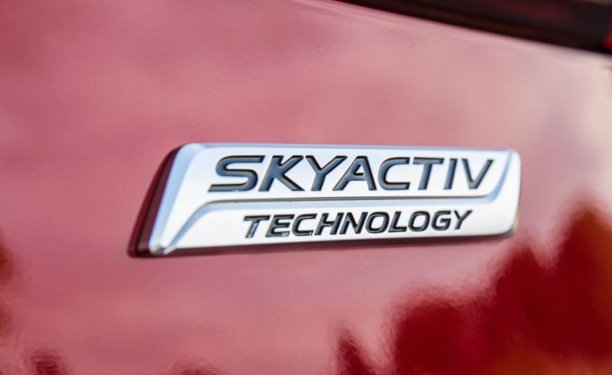 2014 Ford Focus SE and 2014 Mazda 3 i Grand Touring - Slide 29
