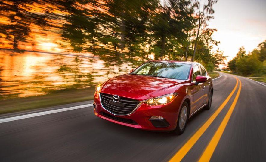 2014 Ford Focus SE and 2014 Mazda 3 i Grand Touring - Slide 20