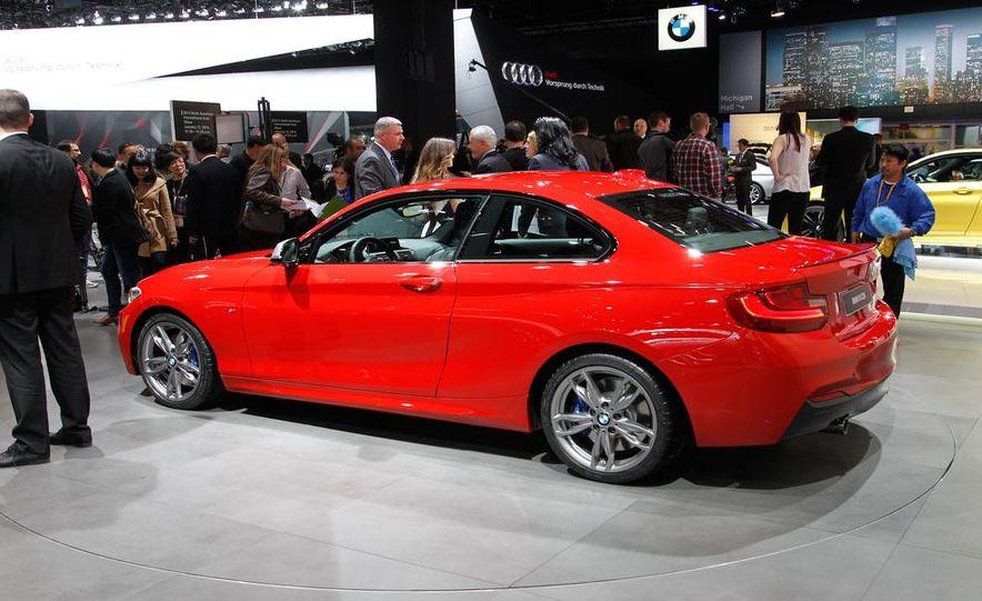2014 BMW M235i coupe - Slide 43