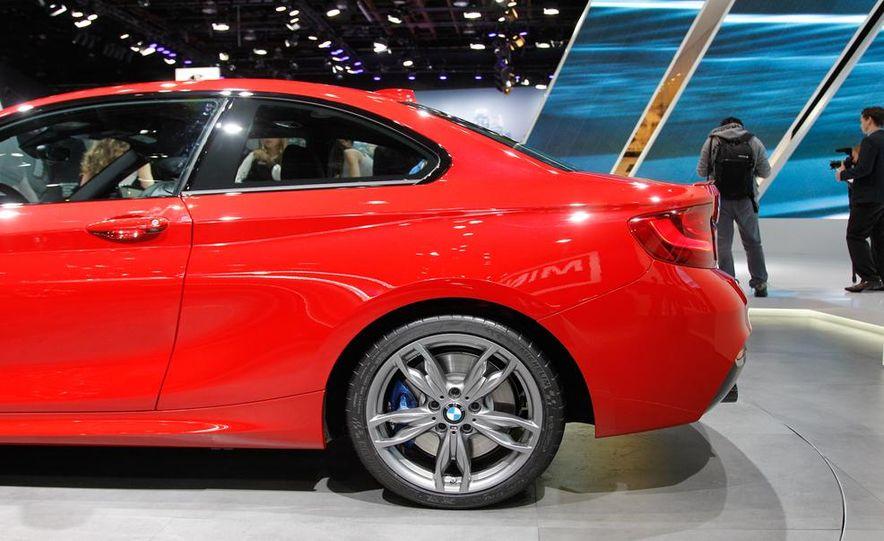 2014 BMW M235i coupe - Slide 49