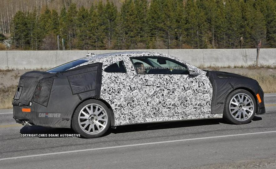 2015 Cadillac ATS-V coupe (spy photo) - Slide 5