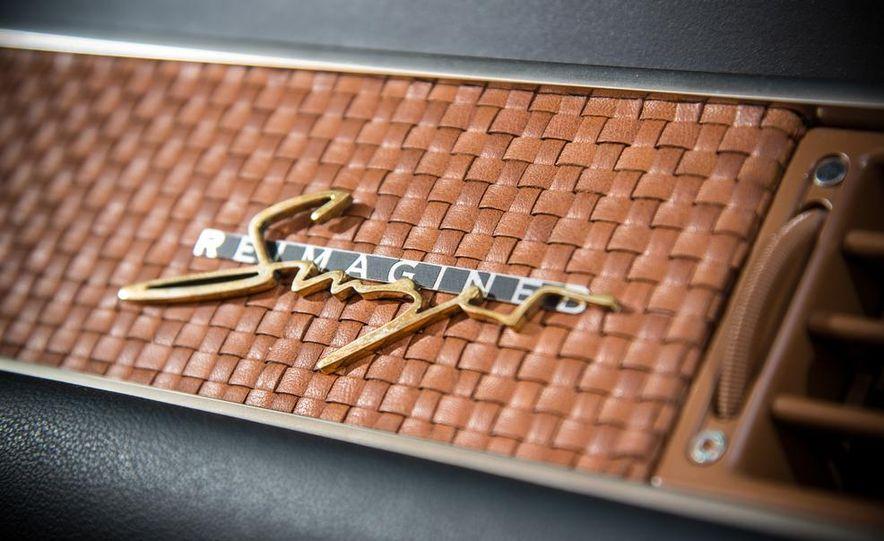 Singer Vehicle Design's Reimagined Porsche 911 - Slide 16