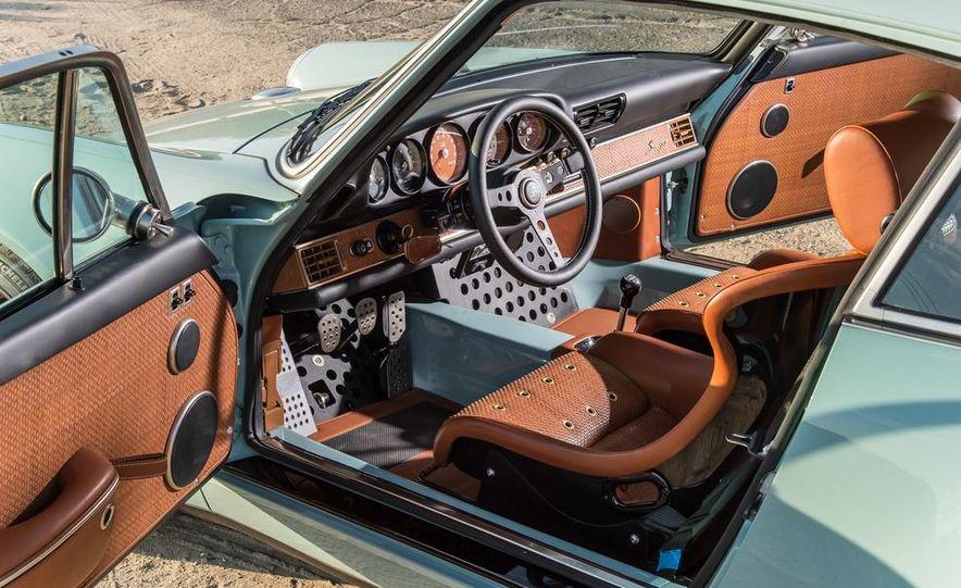 Singer Vehicle Design's Reimagined Porsche 911 - Slide 12