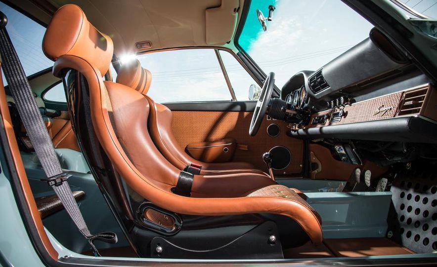 Singer Vehicle Design's Reimagined Porsche 911 - Slide 13