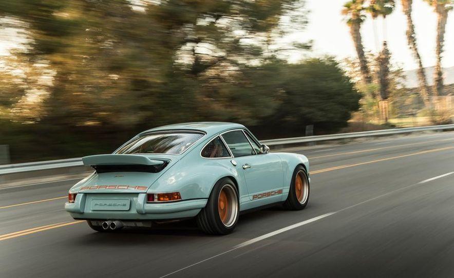 Singer Vehicle Design's Reimagined Porsche 911 - Slide 5