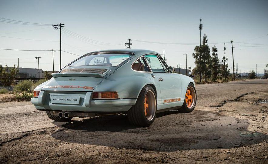 Singer Vehicle Design's Reimagined Porsche 911 - Slide 6
