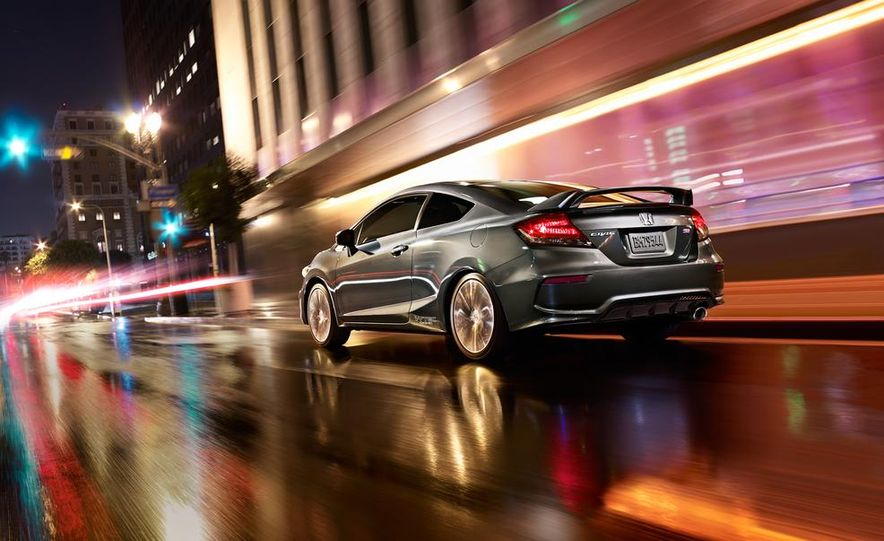 2014 Honda Civic Si coupe - Slide 9