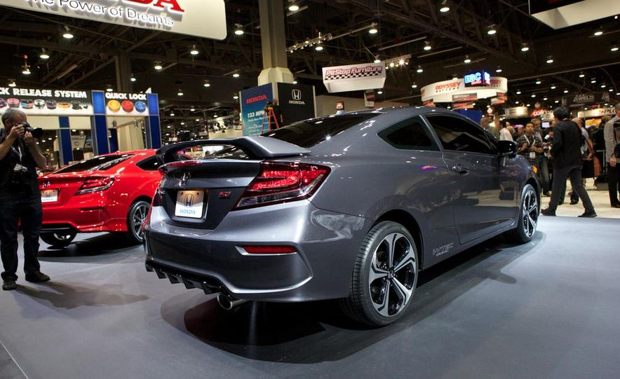 2014 Honda Civic Si coupe - Slide 6