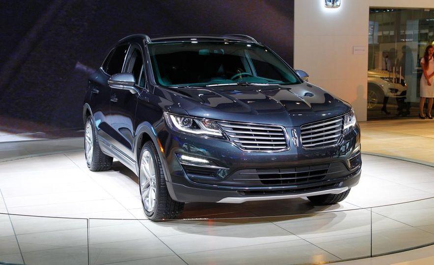 2015 Lincoln MKC 2.3L EcoBoost AWD - Slide 1