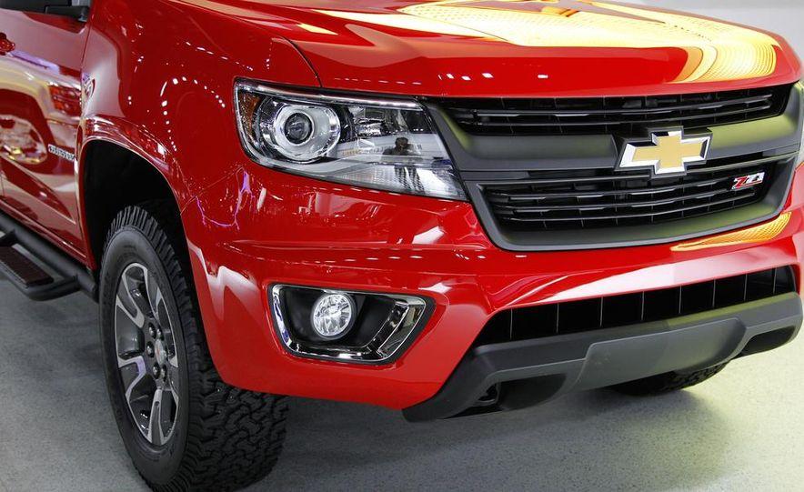 2015 Chevrolet Colorado Z71 - Slide 12